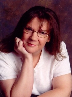 Novel Writing and Homeschooling, Guest Post with Suzanne Hartmann