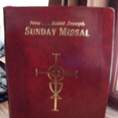 St. Joseph Red Vinyl Sunday Missal