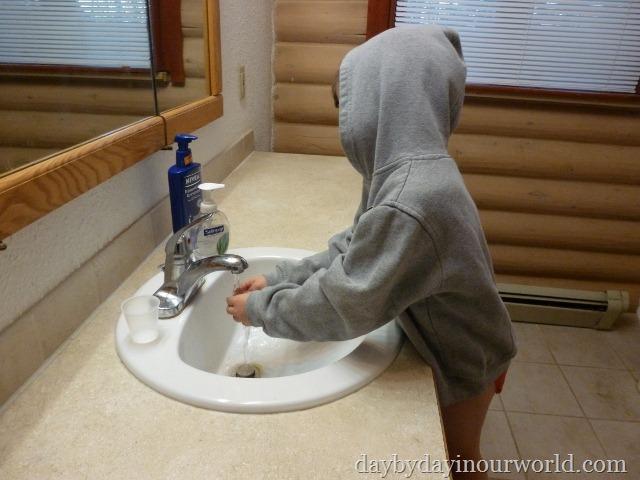 Hand Washing for Good Hygiene #CottonelleRoutine