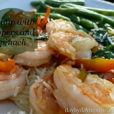 Delicious Shrimp with Peppers and Spinach