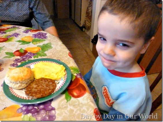 J enjoys his easy breakfast with Tyson Sausage #cbias #socialfabric