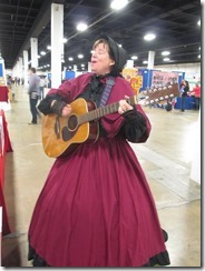 Diana Waring Sings at Convention