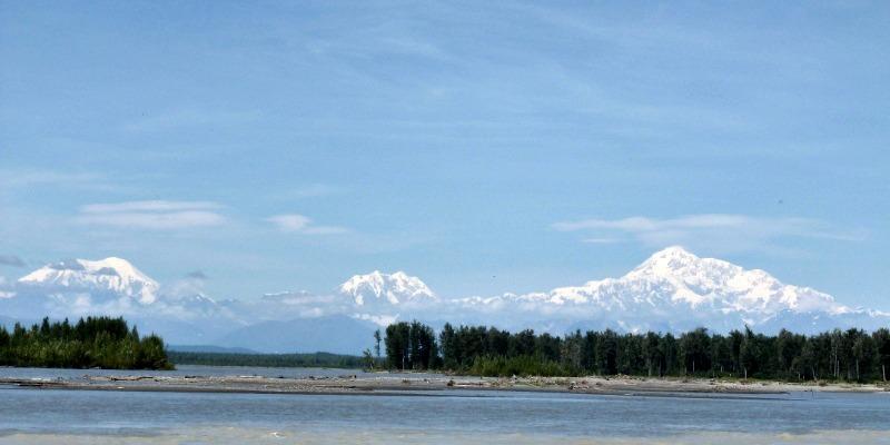 View-of-Denali-aka-Mount-McKinley-from-River-by-downtown-Talkeetna-Alaska.jpg