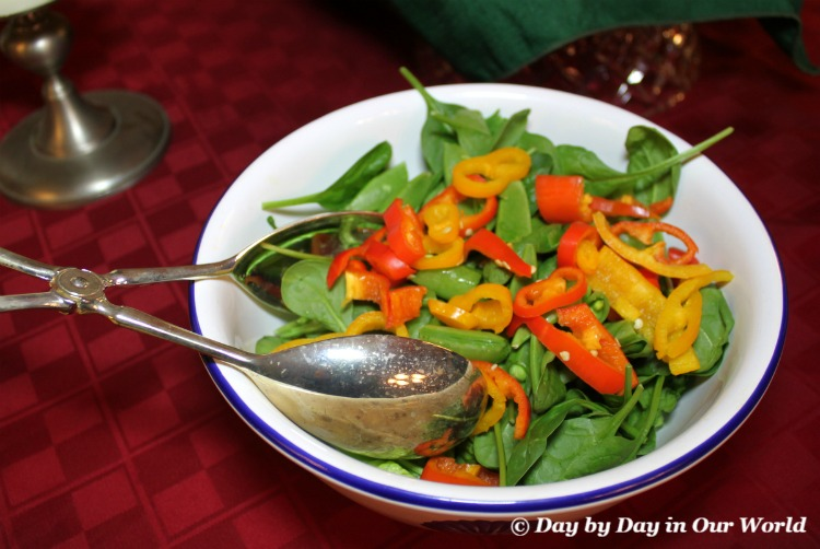 Msg 4 21+ A simple tossed salad makes a lovely side or separate course for an adults only meal #HolidayPairings #ad