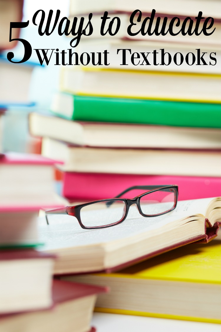 Do you sometimes need to ditch the textbook in your homeschool? Here are 5 ways to keep the kids learning.