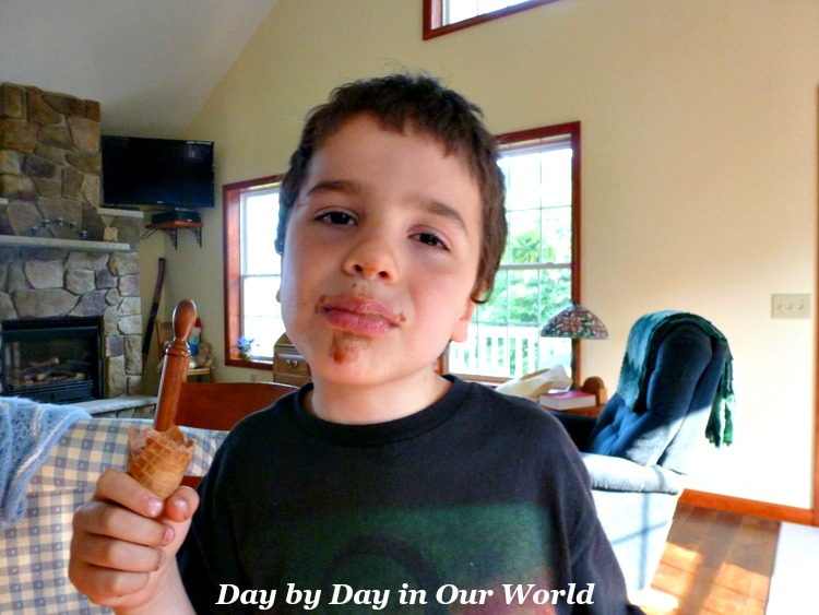 Ice Cream Cones are a wonderful summertime treat that can sometimes prove messy for the kids.