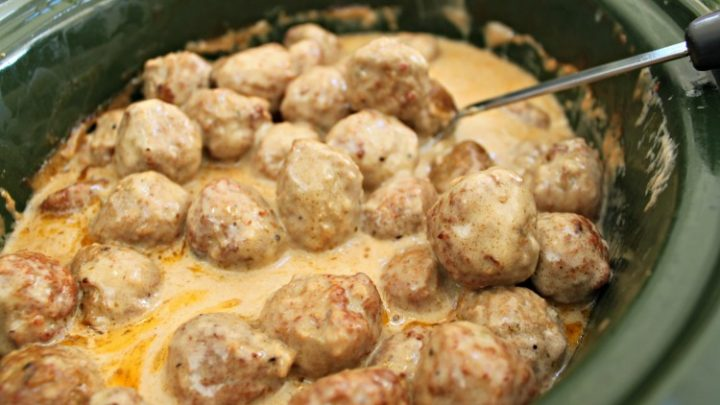 Super Simple Crock Pot Swedish Meatballs Day By Day In Our World