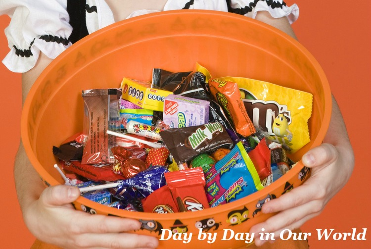 5 Yummy Ways to Use Leftover Halloween Candy